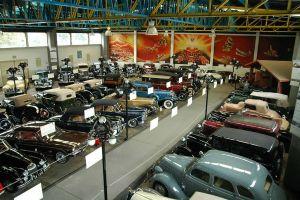 Museo del automovil face
