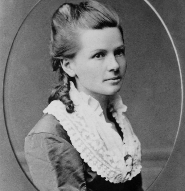 1 Bertha Benz