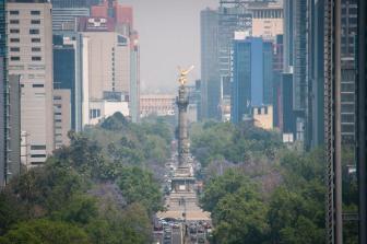 CIUDAD DE MÉXICO, 15MARZO2016.- El Gobierno de la Ciudad de México estableció Contingencia Ambiental Fase I decretada por la Comisión Ambiental de la Megalópolis (CAMe) en la Zona Metropolitana del Valle de México (ZMVM). FOTO: DIEGO SIMÓN SÁNCHEZ /CUARTOSCURO.COM