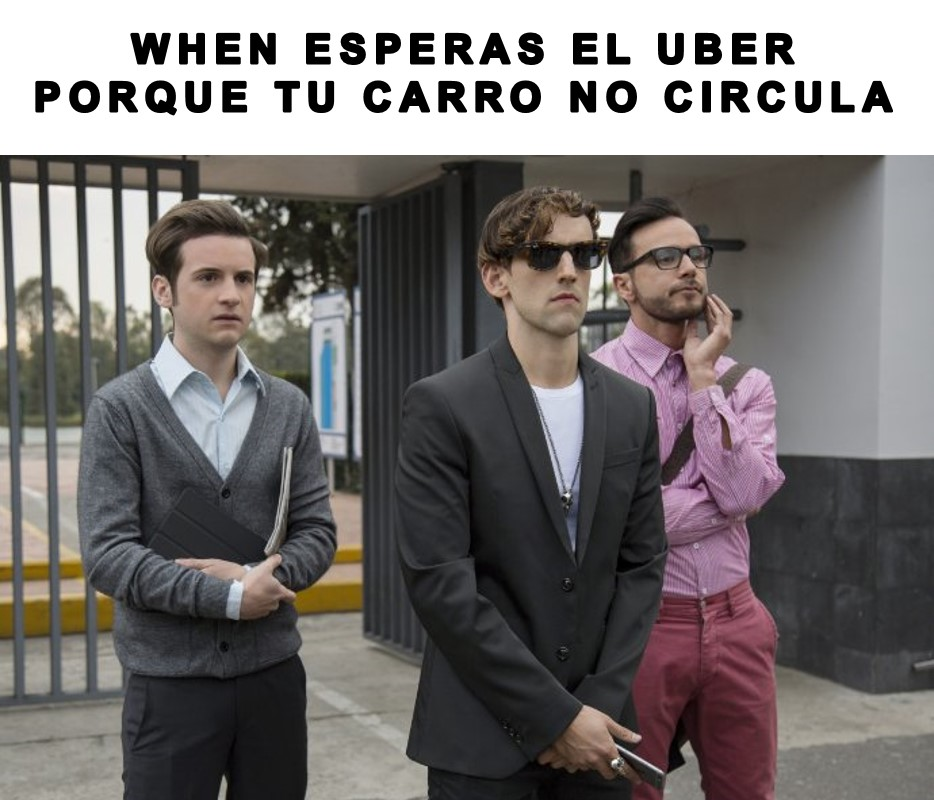ESPERANDO UBER