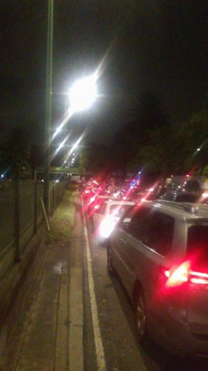 Por la madrugada el caos vial continuaba en Periférico y Cuemanco, al sur de la CDMX