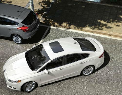 Ford-presenta-su-sistema-inteligente-para-estacionar-autos.jpg