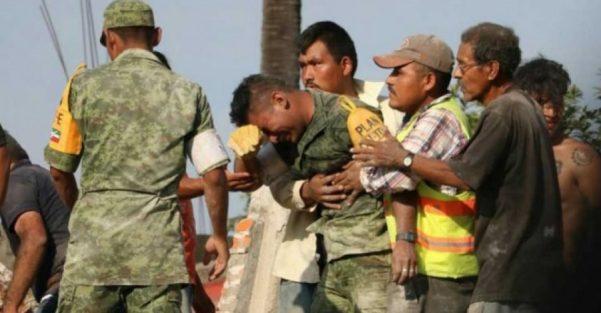 """""""Marinos y policías, su trabajo es de enorme aprecio"""" Aristegui sobre participación"""