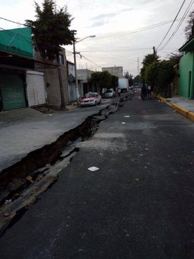 Calle de la colonia Del Mar, en Tlahuac