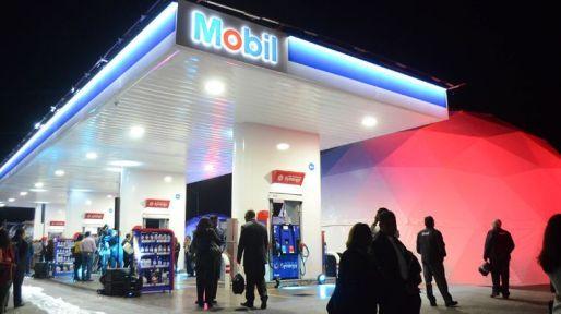 inauguracion_estacion_de_servicio_exxonmobil_mb_x74x.jpg_1348255499.jpg