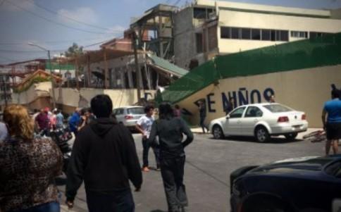 Sismo derrumba escuela en Coapa